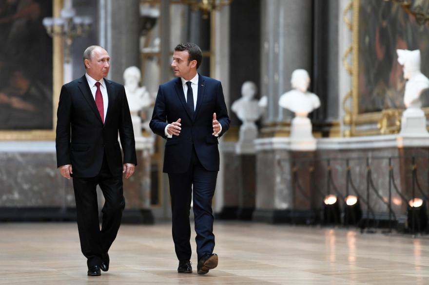 Le président Emmanuel Macron et le président russe Vladimir Poutine lors d'une conférence le 29 mai 2017