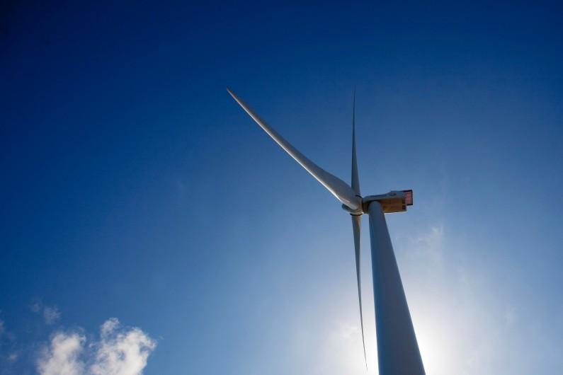 Une éolienne dans le parc d'Arinaga, sur l'archipel espagnol des Canaries, le 20 octobre 2013 (archives)