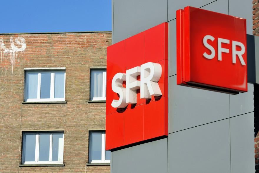 Une enseigne SFR à Dunkerque, le 1er avril 2014 (image d'illustration)