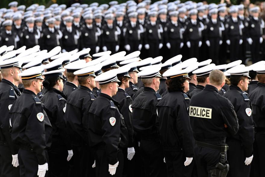 Des élèves de l'école de police de Nîmes en novembre 2016