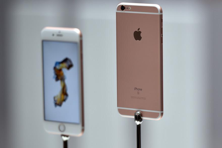 L'iPhone 6s et l'iPhone 6s Plus à leur lancement en 2015