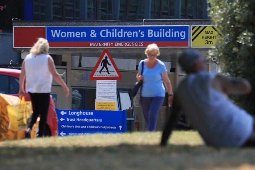 La police a ouvert une enquête sur des décès de nourrissons à l'hôpital du comté de Chester au Royaume-Uni, en mai 2017.