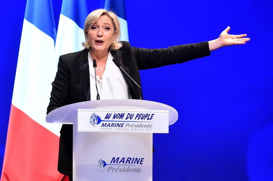 Marine Le Pen en meeting à Nantes dimanche 26 février 2017.
