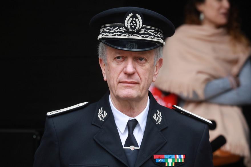 Le directeur général de la Police nationale, Frédéric Veaux, en visite dans les locaux de la police à Evry, le 9 juin 2020.