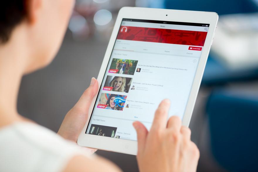 YouTube restreint des vidéos LGBTQ