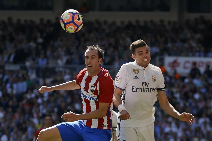 Pepe sous les couleurs du Real face à l'Atlético de Godin, le 8 avril 2017