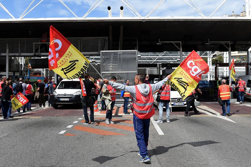 La CGT manifeste contre la loi Travail en mai 2016