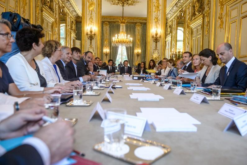 Le deuxième gouvernement d'Édouard Philippe s'est réuni en conseil pour la première fois le 22 juin, au lendemain de sa composition
