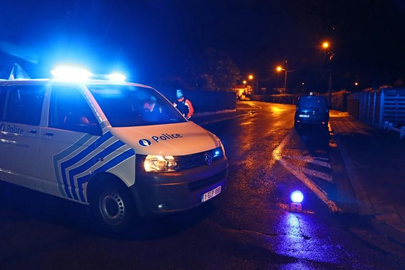 La police belge intervenue dans le cimetière de Mouscron où son maire a été retrouvé égorgé.
