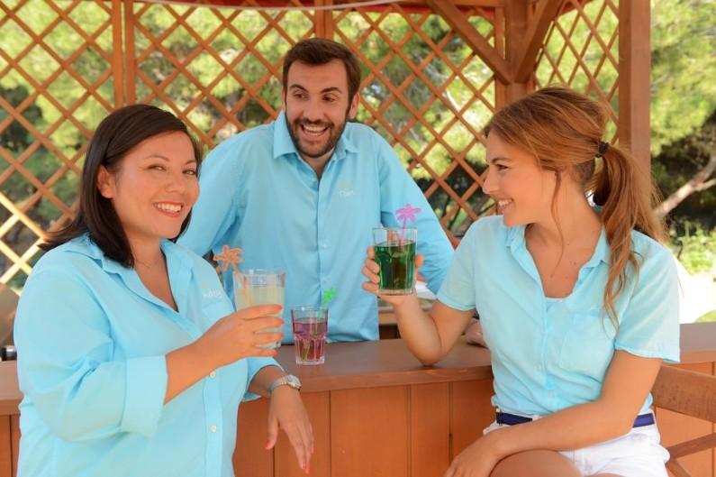 """""""Camping Paradis"""" est un succès incontestable depuis 9 saisons sur TF1"""