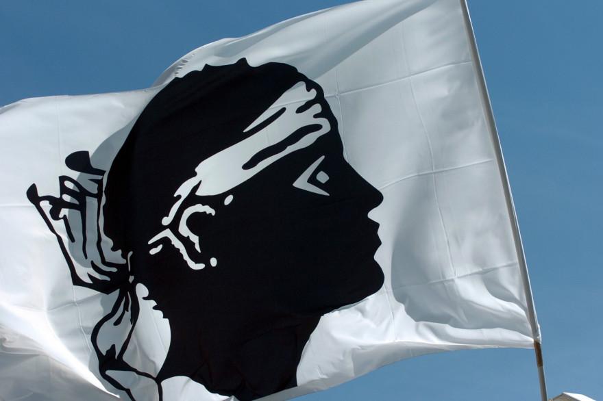 Un drapeau corse (illustration)