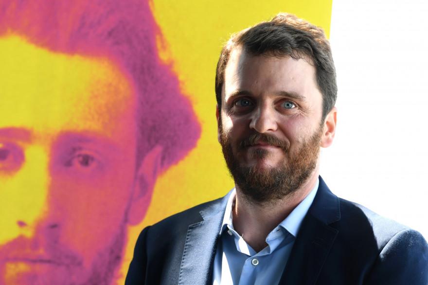 Le journaliste David Thomson en juillet 2017, le jour de sa nomination pour le prix Albert-Londres du livre