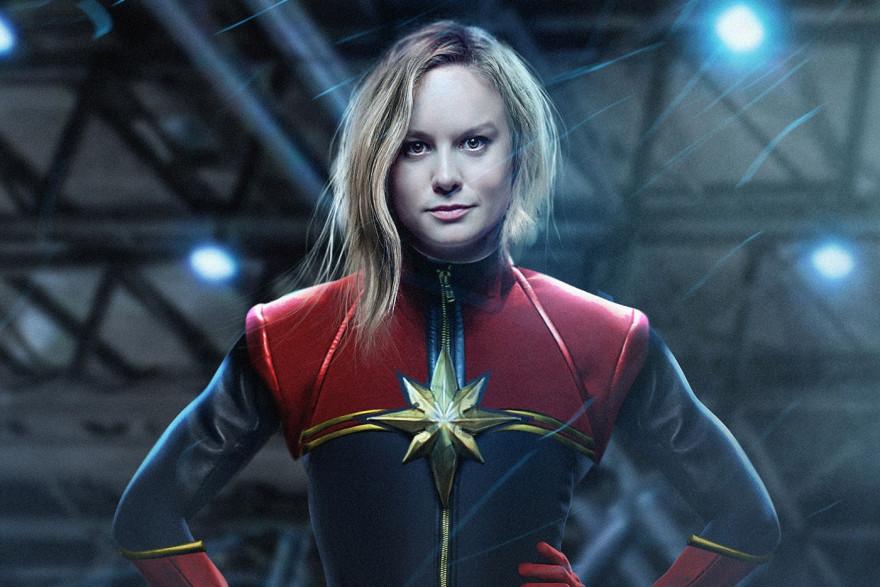 Brie Larson dans le costume de la super-héroïne Captain Marvel