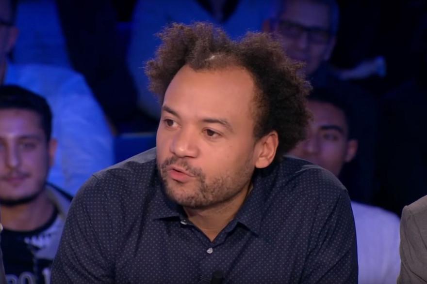 """Fabrice Éboué était sur le plateau d'""""On n'est pas couché"""", samedi 3 février"""