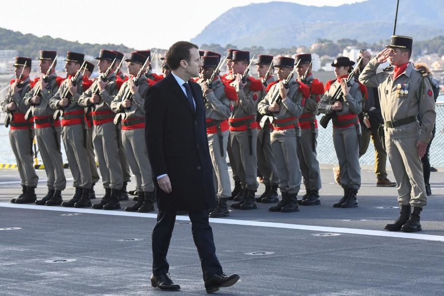 Emmanuel Macron à la base navale de Toulon le 19 janvier 2018.
