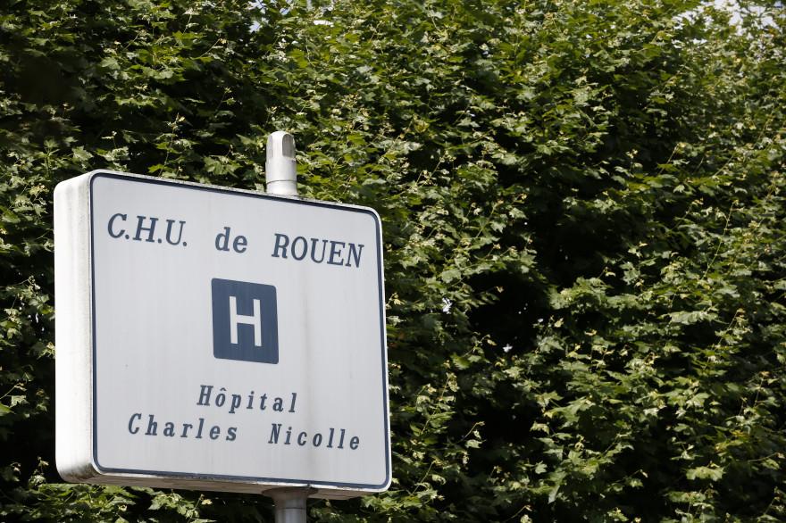Un panneau indiquant le CHU de Rouen (illustration)
