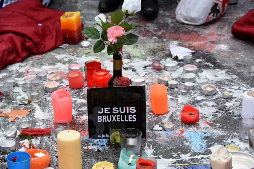 La double attaque terroriste perpétrée à Bruxelles le 22 mars 2016 et revendiquée par Daesh, a fait 32 morts