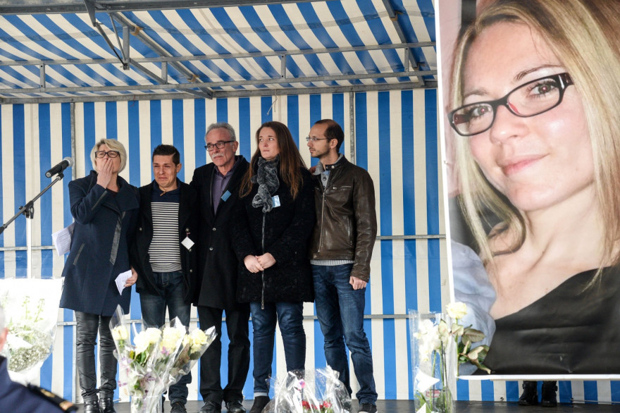 Jonathann Daval avec la famille de son épouse Alexia, le 5 novembre 2017.