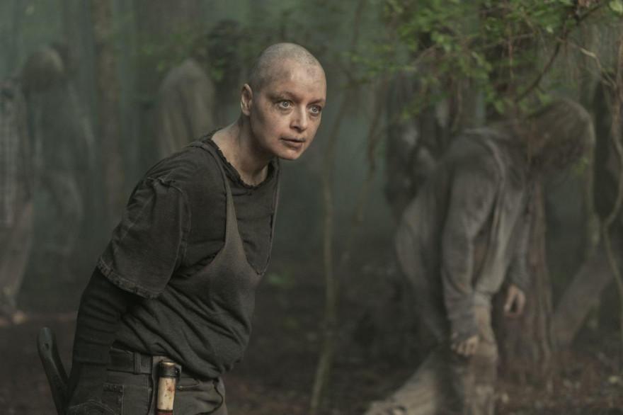"""Alpha dans l'épisode 2 de la saison 10 de """"The Walking Dead"""""""