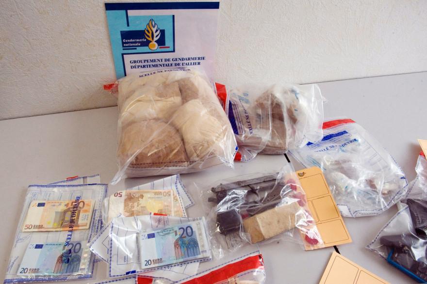 Une saisie de drogue effectué par les autorités (photo d'illustration)