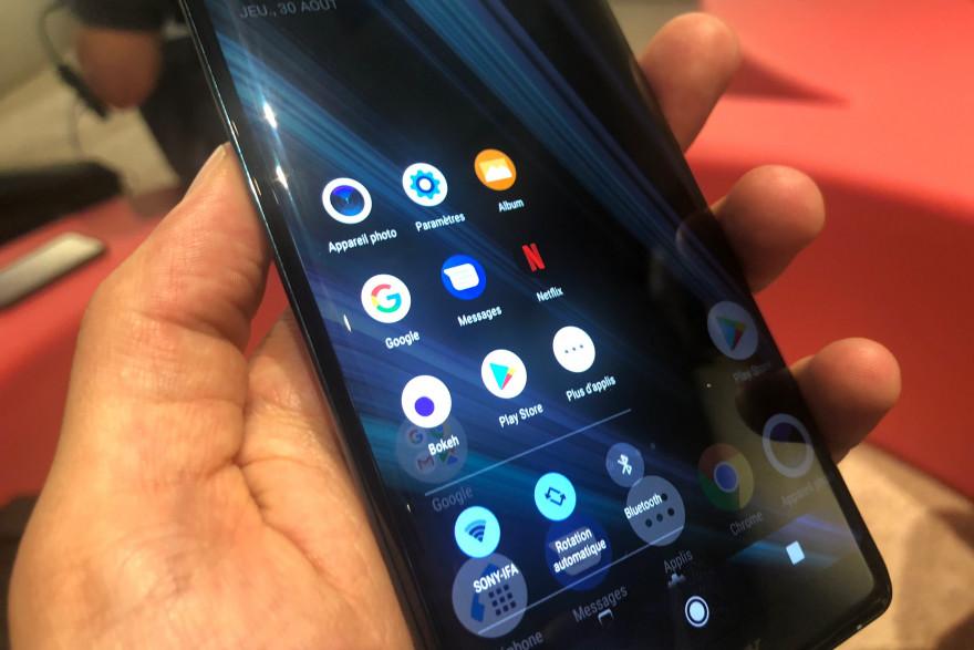 Les bords du dernier smartphone Sony sont inte´ractifs