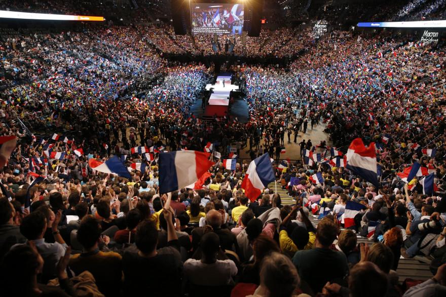 Emmanuel Macron lors de son meeting à la Bercy Arena en avril 2017 lors de la campagne présidentielle