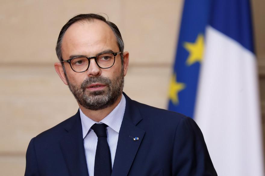 """""""Gilets jaunes"""" : Édouard Philippe veut tirer au sort des groupes de citoyens pour le """"grand débat"""""""
