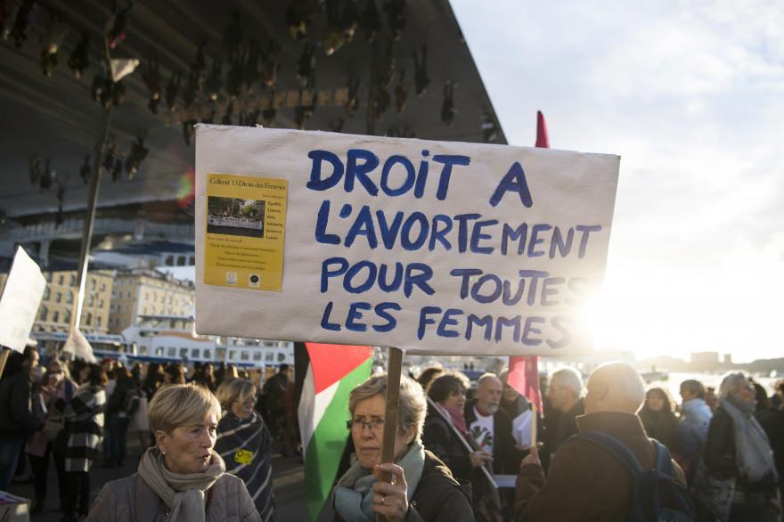 Une manifestation pour le droit à l'avortement à Marseille, le 8 mars 2018