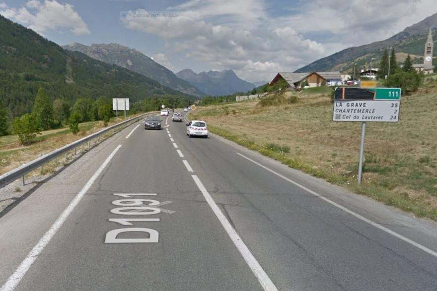 Un terrible accident de la route à Saint-Chaffray, dans les Hautes-Alpes, samedi 16 février