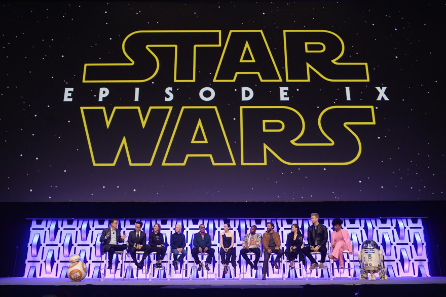 "Le casting de ""Star Wars 9"" avec Stephen Colbert à la Star Wars Celebration 2019"