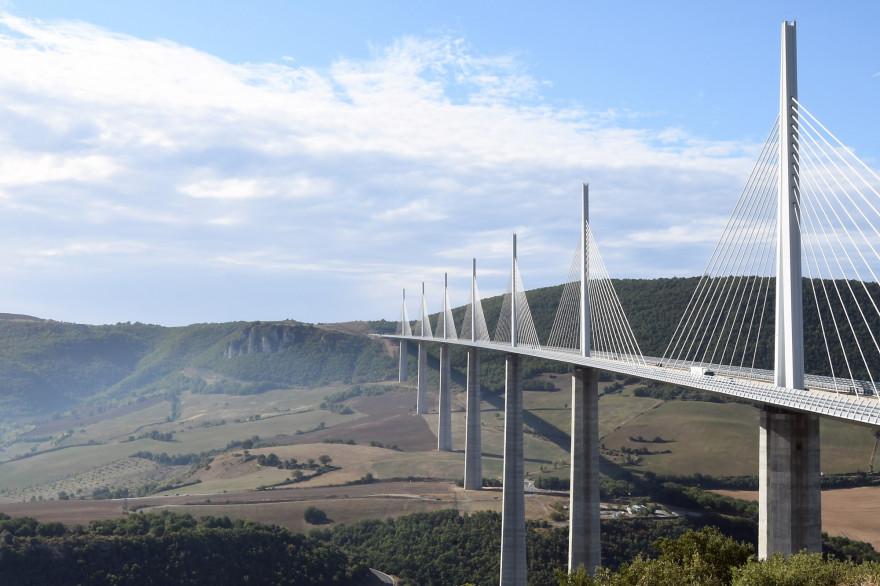 Une vue du Viaduc de Millau dans l'Aveyron
