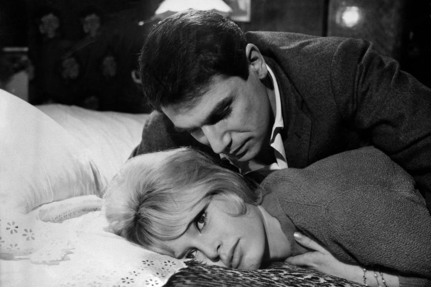 """Robert Hossein et Brigitte Bardot dans """"Le Repos du guerrier"""""""