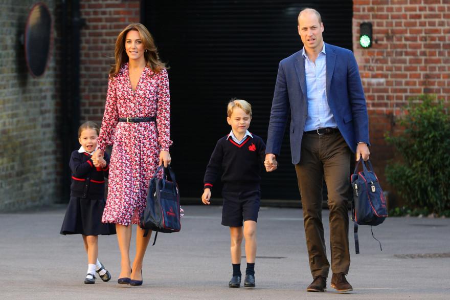 Les princesses et princes britanniques Charlotte, Kate, George et William en 2019