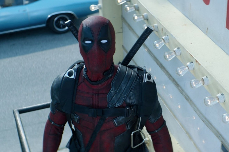 Ryan Reynolds dans le costume de Deadpool