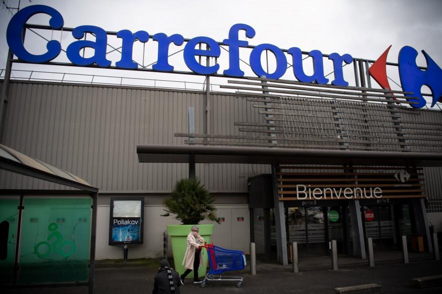 Carrefour : le gouvernement refuse le rachat de l'enseigne par Couche-tard