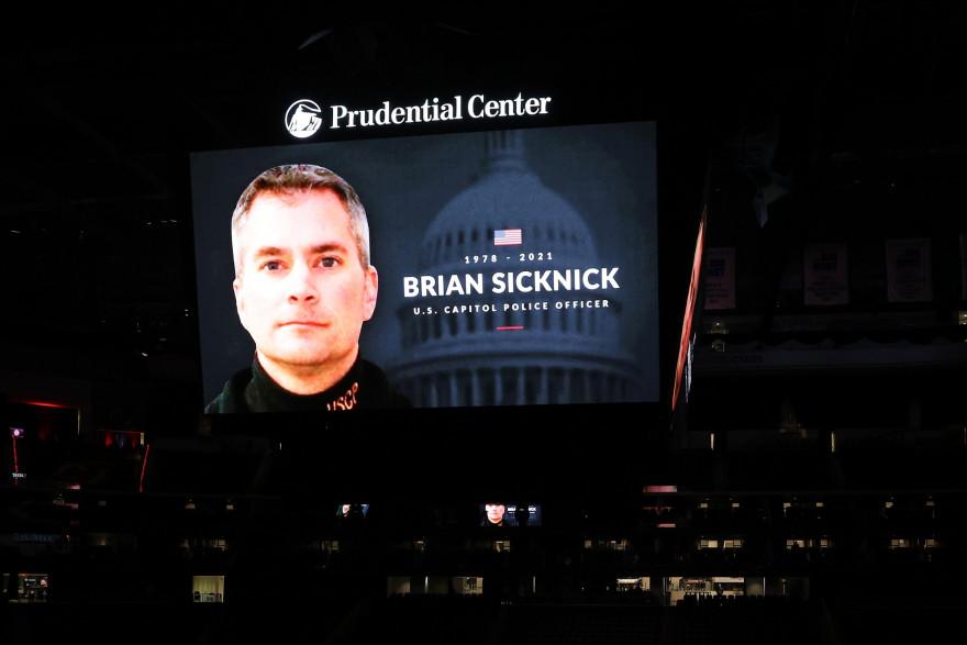 L'officier de police Brian Sicknick est décédé après les violences du Capitole, le 6 janvier 2021