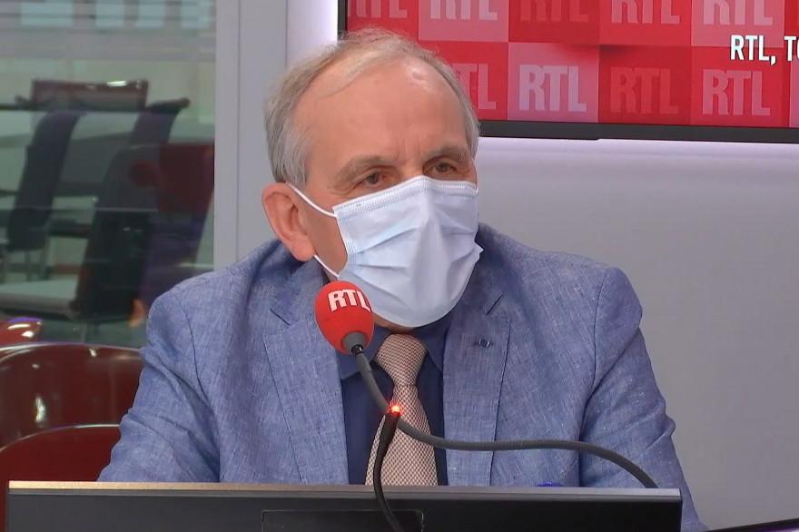 Axel Kahn, généticien et président de la Ligue Contre le Cancer