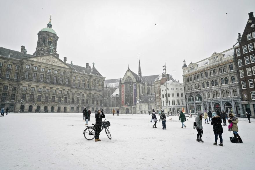 Amsterdam sous la neige, une première depuis 2010.
