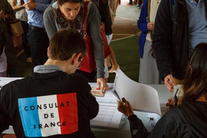 Des expatriés français au consulat de France à Hong-Kong (illustration)