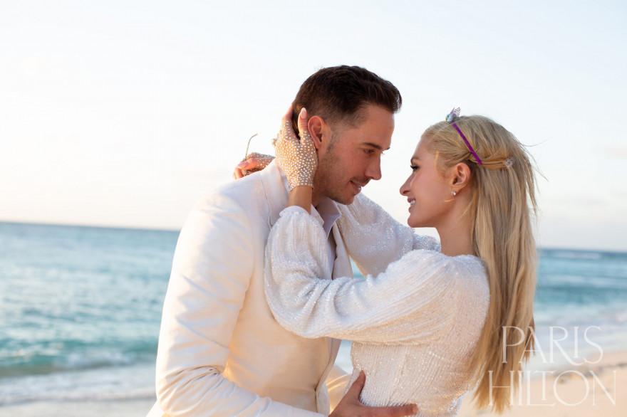 Paris Hilton et son fiancé Carter Reum