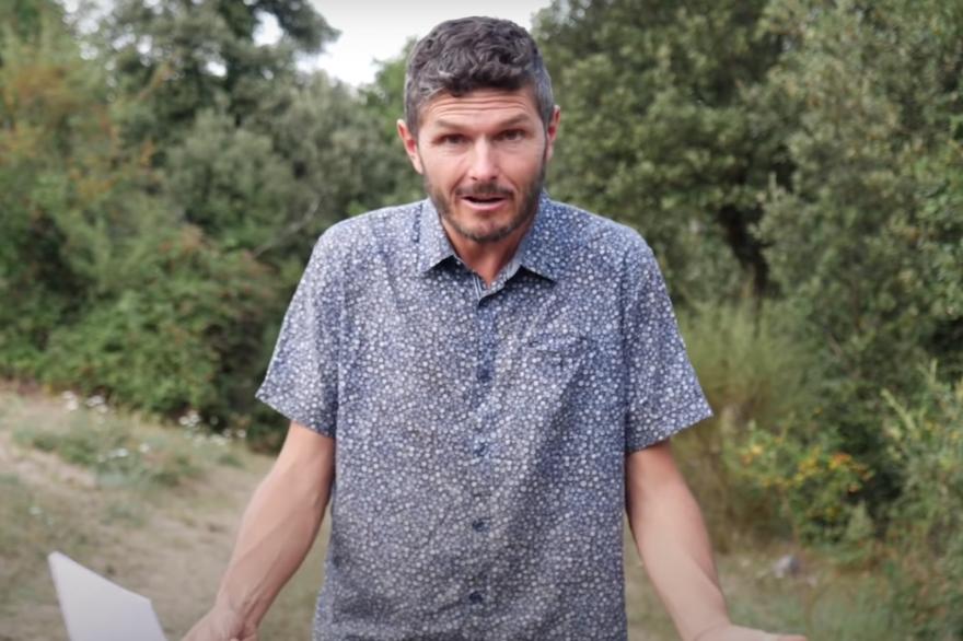 Le youtubeur à succès Thierry Casasnovas est soupçonné de dérives sectaires.