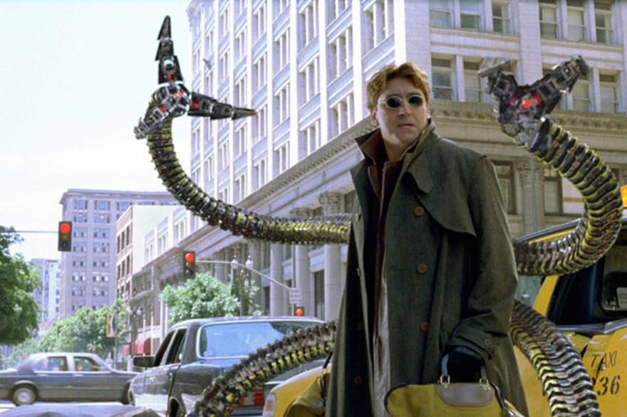 """Alfred Molina dans """"Spider-Man 2"""" de Sam Rami"""