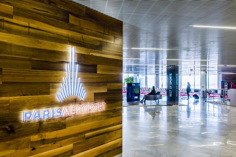 Le logo Paris Aéroport à l'aéroport de Roissy