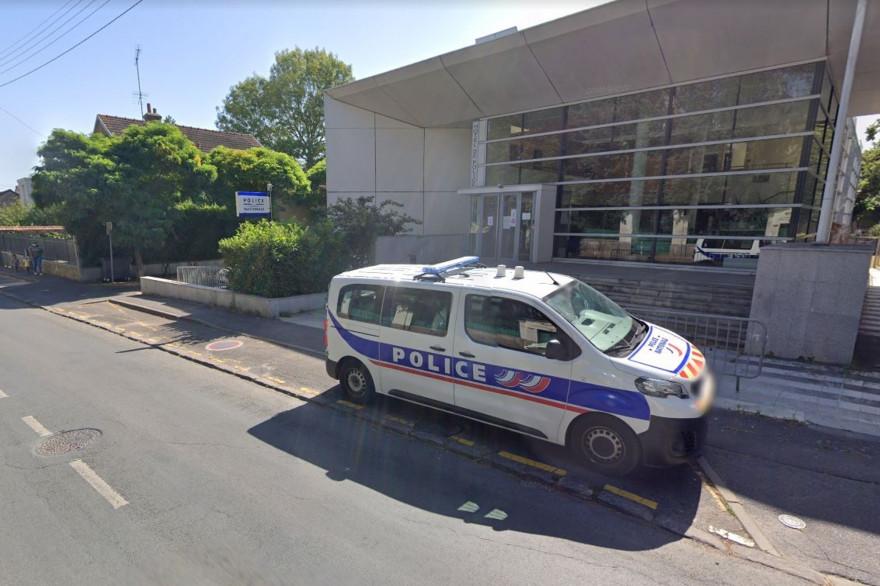 Le commissariat de police de la ville de Rambouillet