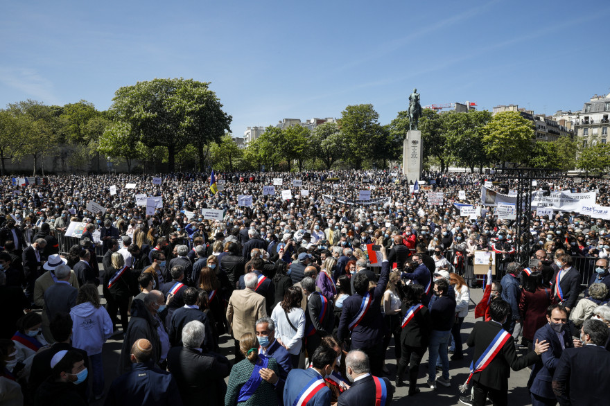 La foule était présente en nombre, au Trocadéro, pour demander justice pour Sarah Halimi.