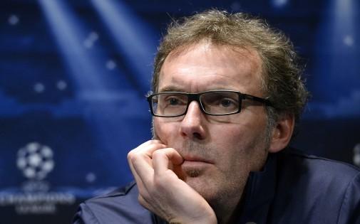 L'entraîneur du PSG Laurent Blanc en conférence de presse à Paris le 4 novembre 2013.